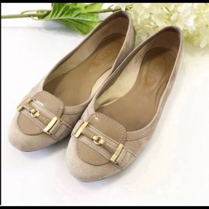 TODs light suede flats